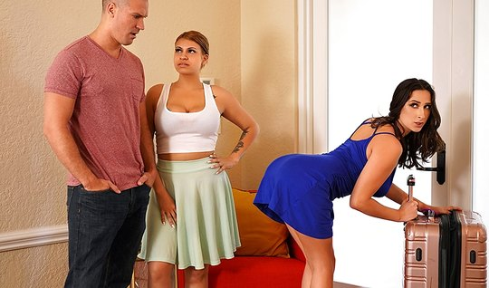 Bald guy cheats on his wife with Apostol brunette in bedroom close up...