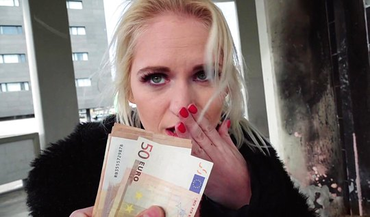 Luxurious blonde gave herself to fuck in macroderma for a large sum of...