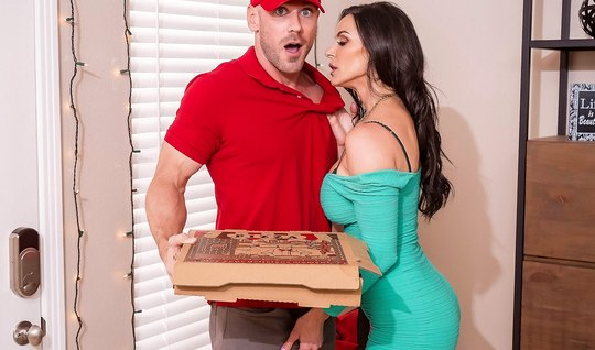 Pizza guy Fucks a cock Busty mom in different poses