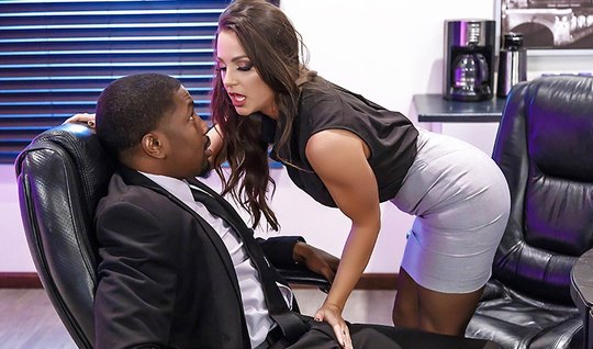 Slutty babe with big Tits fucked with the boss...