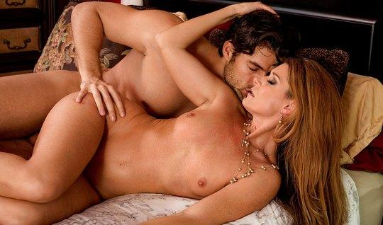 Widely parted legs, the wife has a tender orgasm from the language of ...