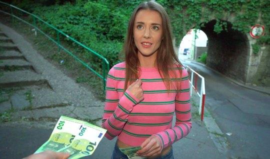 Pikaper persuaded a thin tourist to shoot public sex in POV...